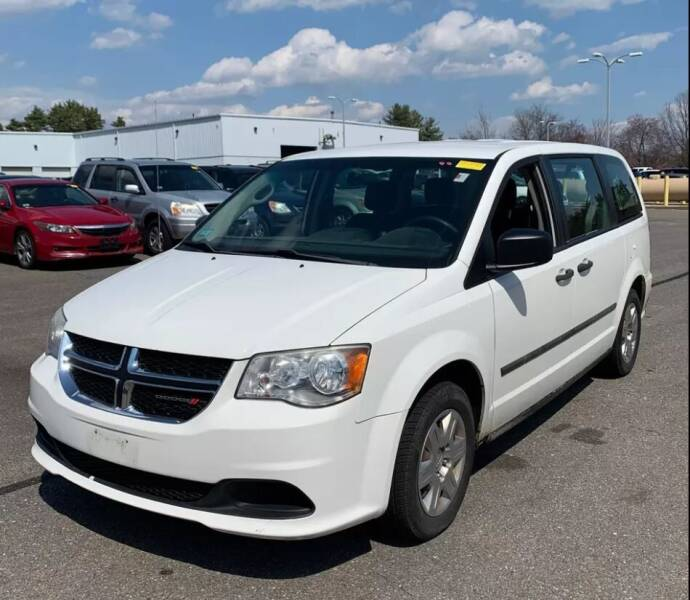 2012 Dodge Grand Caravan for sale at Kingz Auto Sales in Avenel NJ