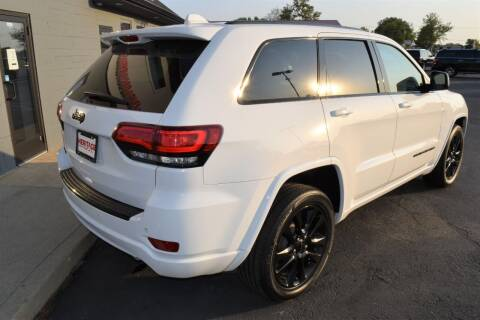 2017 Jeep Grand Cherokee for sale at Heritage Automotive Sales in Columbus in Columbus IN