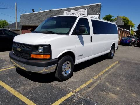 2003 Chevrolet Express Passenger for sale at DALE'S AUTO INC in Mt Clemens MI
