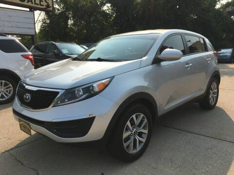 2015 Kia Sportage for sale at Town and Country Auto Sales in Jefferson City MO
