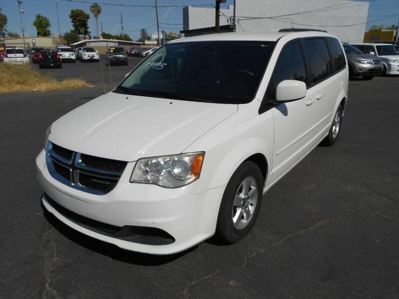 2011 Dodge Grand Caravan for sale at COUNTRY CLUB CARS in Mesa AZ