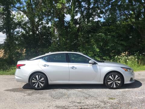 2019 Nissan Altima for sale at RAYBURN MOTORS in Murray KY