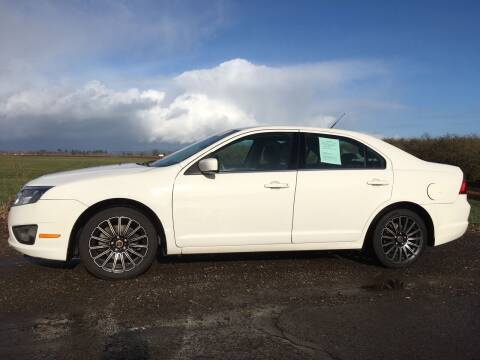 2011 Ford Fusion for sale at M AND S CAR SALES LLC in Independence OR