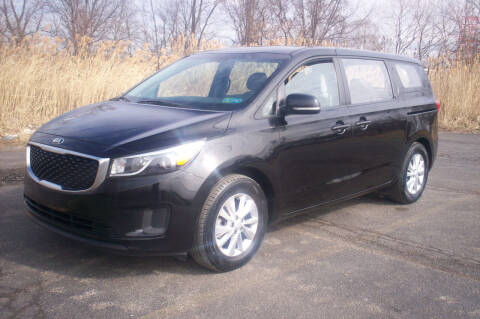 2015 Kia Sedona for sale at Action Auto Wholesale - 30521 Euclid Ave. in Willowick OH