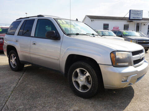 2008 Chevrolet TrailBlazer for sale at BLUE RIBBON MOTORS in Baton Rouge LA