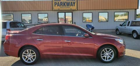 2013 Chevrolet Malibu for sale at Parkway Motors in Springfield IL
