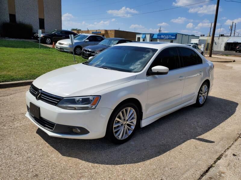 2014 Volkswagen Jetta for sale at DFW Autohaus in Dallas TX