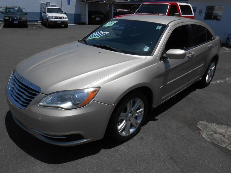 2013 Chrysler 200 for sale at ANYTIME 2BUY AUTO LLC in Oceanside CA