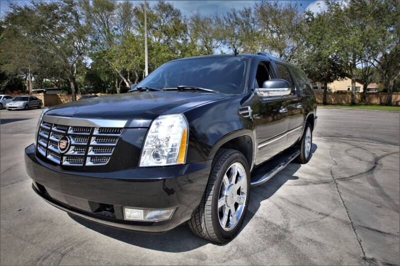2007 Cadillac Escalade ESV for sale at Easy Deal Auto Brokers in Hollywood FL