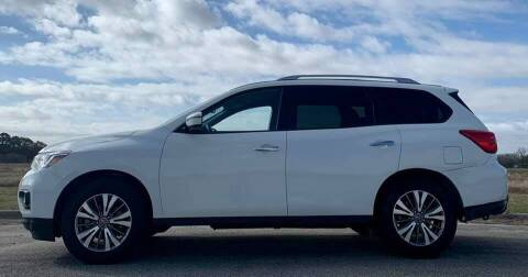 2019 Nissan Pathfinder for sale at Palmer Auto Sales in Rosenberg TX