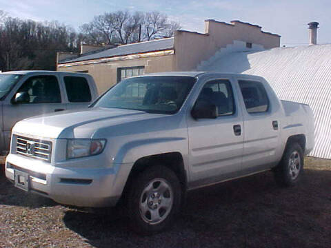 2006 Honda Ridgeline for sale at Bates Auto & Truck Center in Zanesville OH