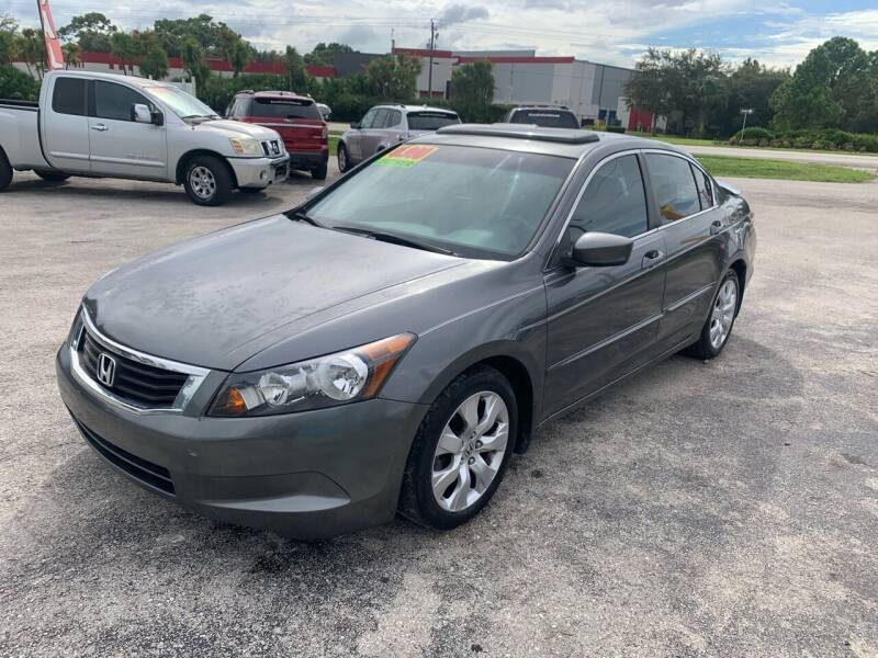 2009 Honda Accord for sale at EXECUTIVE CAR SALES LLC in North Fort Myers FL