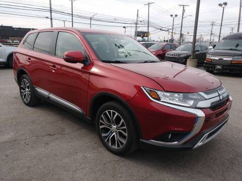 2018 Mitsubishi Outlander for sale at M-97 Auto Dealer in Roseville MI