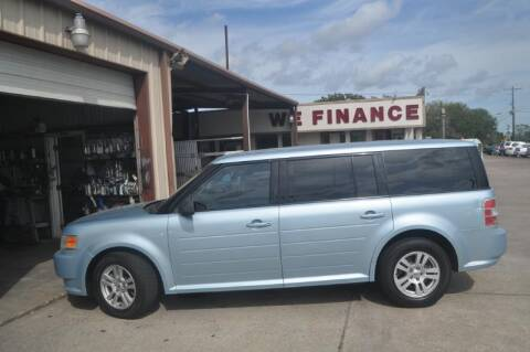 2009 Ford Flex for sale at BIG 7 USED CARS INC in League City TX