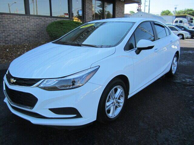 2018 Chevrolet Cruze for sale at Jacobs Auto Sales in Nashville TN