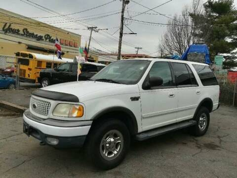 1999 Ford Expedition for sale at Drive Deleon in Yonkers NY