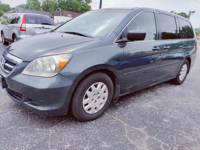 2006 Honda Odyssey for sale at The Car Cove, LLC in Muncie IN