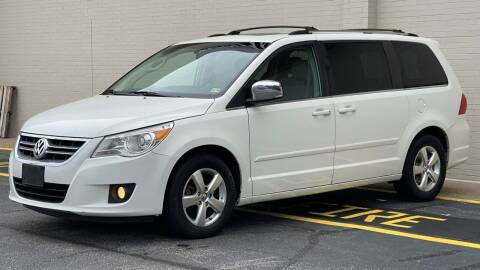 2009 Volkswagen Routan for sale at Carland Auto Sales INC. in Portsmouth VA