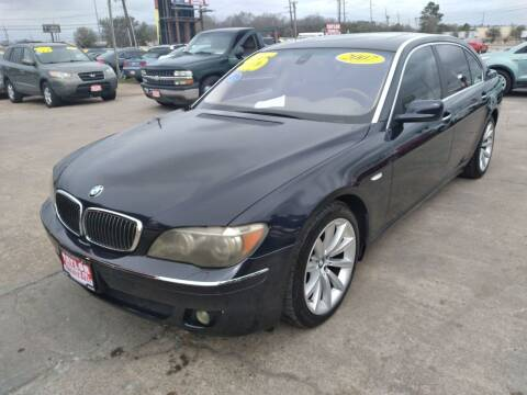 2007 BMW 7 Series for sale at Taylor Trading Co in Beaumont TX