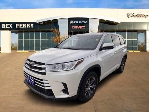 2018 Toyota Highlander for sale at AutoJacksTX.com in Nacogdoches TX