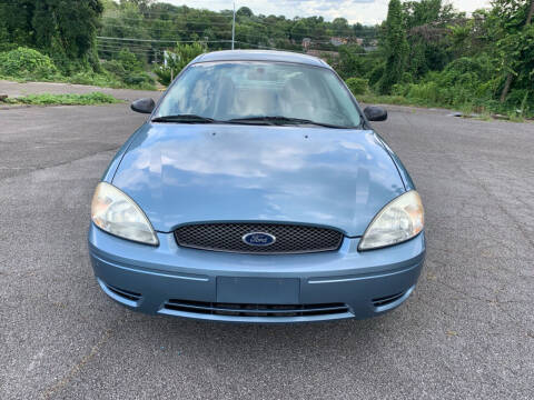 2005 Ford Taurus for sale at Car ConneXion Inc in Knoxville TN