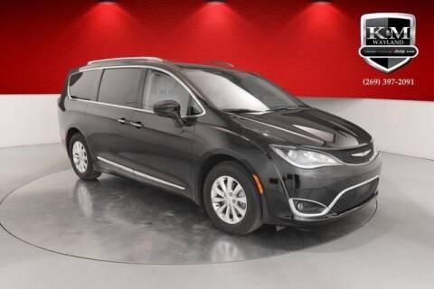 2018 Chrysler Pacifica for sale at K&M Wayland Chrysler  Dodge Jeep Ram in Wayland MI