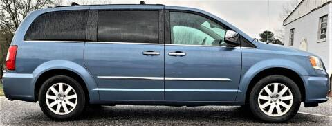 2012 Chrysler Town and Country for sale at Square 1 Auto Sales - Commerce in Commerce GA