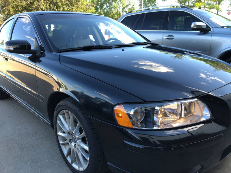 2007 Volvo S60 for sale at UNIVERSITY FOREIGN CAR LLC in Bridgeton MO