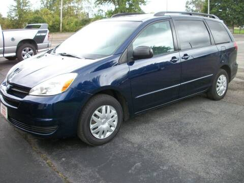 2005 Toyota Sienna for sale at Terry Mowery Chrysler Jeep Dodge in Edison OH
