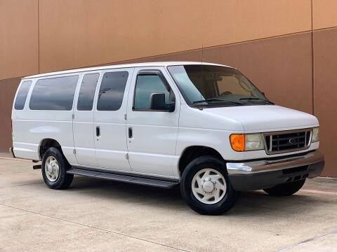 2006 Ford E-Series Wagon for sale at Texas Prime Motors in Houston TX