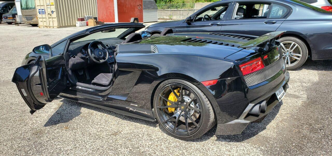 2012 Lamborghini Gallardo 12