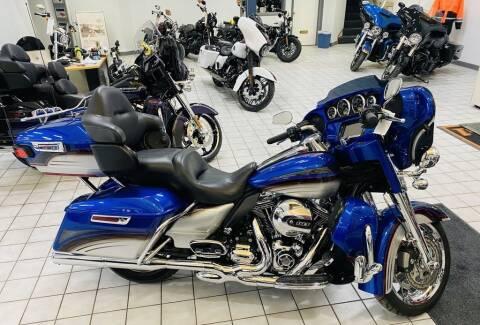2016 Harley-Davidson® FLHTCU - Electra Glide® U for sale at Street Track n Trail in Conneaut Lake PA