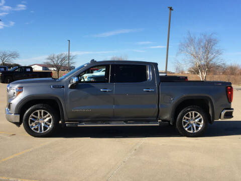 2020 GMC Sierra 1500 for sale at LANDMARK OF TAYLORVILLE in Taylorville IL
