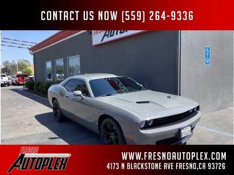 2018 Dodge Challenger for sale at Carros Usados Fresno in Clovis CA