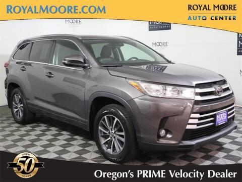 2017 Toyota Highlander for sale at Royal Moore Custom Finance in Hillsboro OR