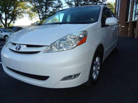 2006 Toyota Sienna for sale at Modern Auto in Denver CO