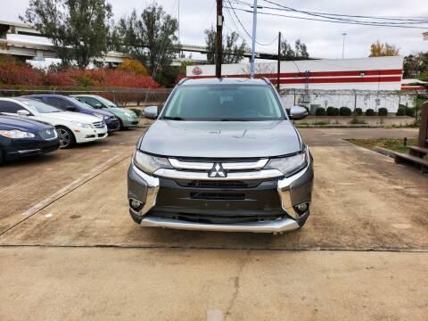 2016 Mitsubishi Outlander for sale at Zora Motors in Houston TX