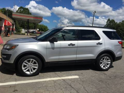 2017 Ford Explorer for sale at M&L Auto, LLC in Clyde NC
