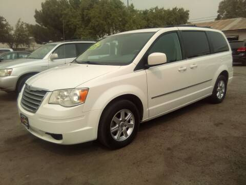2010 Chrysler Town and Country for sale at Larry's Auto Sales Inc. in Fresno CA