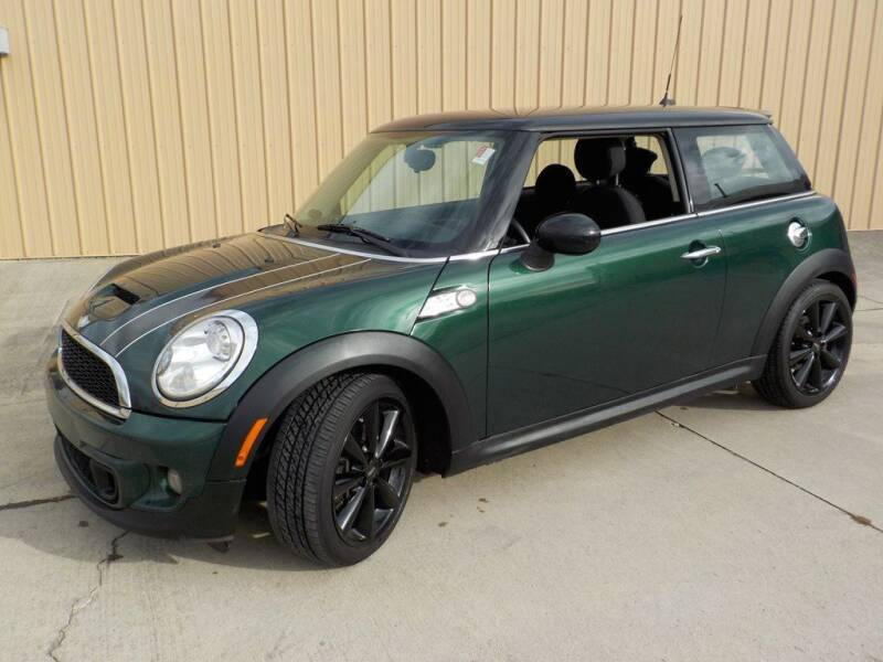 2012 MINI Cooper Hardtop for sale at Automotive Locator- Auto Sales in Groveport OH