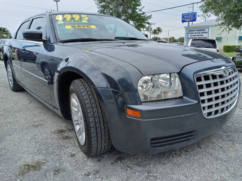 2007 Chrysler 300 for sale at AFFORDABLE AUTO SALES OF STUART in Stuart FL