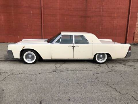 1961 Lincoln Continental for sale at ELIZABETH AUTO SALES in Elizabeth PA