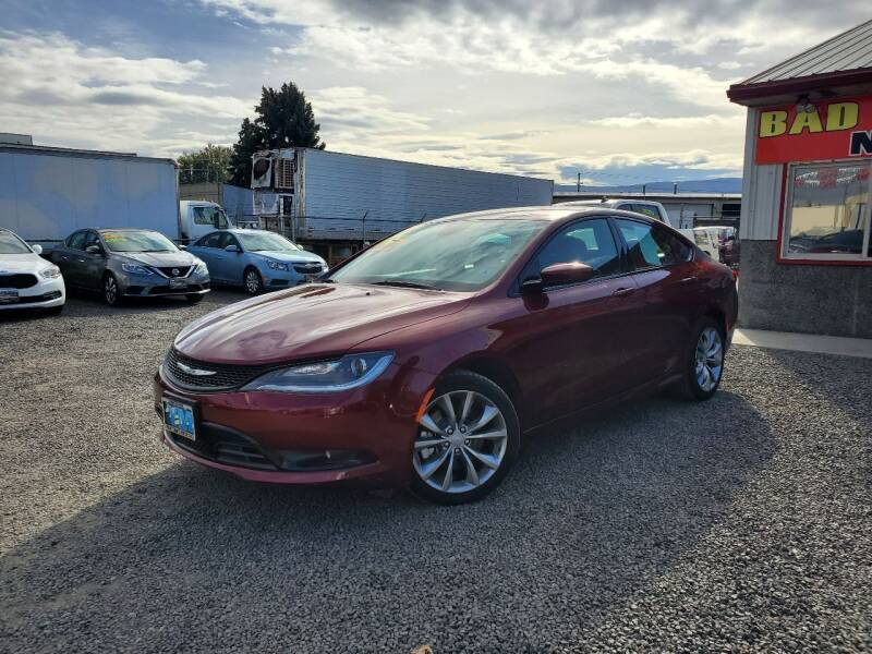 2016 Chrysler 200 for sale at Yaktown Motors in Union Gap WA