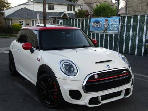 2016 MINI Hardtop 2 Door for sale at The Auto Network in Lodi NJ