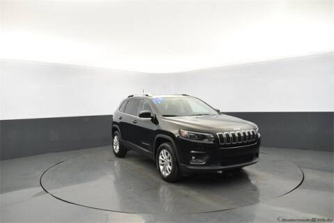 2019 Jeep Cherokee for sale at Tim Short Auto Mall 2 in Corbin KY