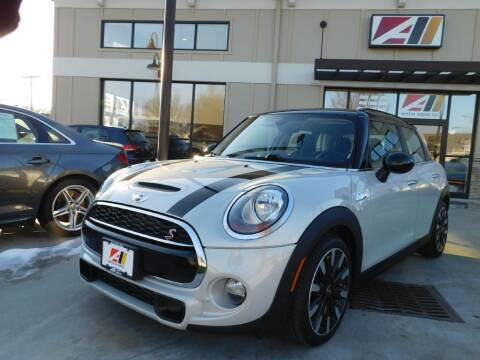 2017 MINI Hardtop 4 Door for sale at Auto Assets in Powell OH