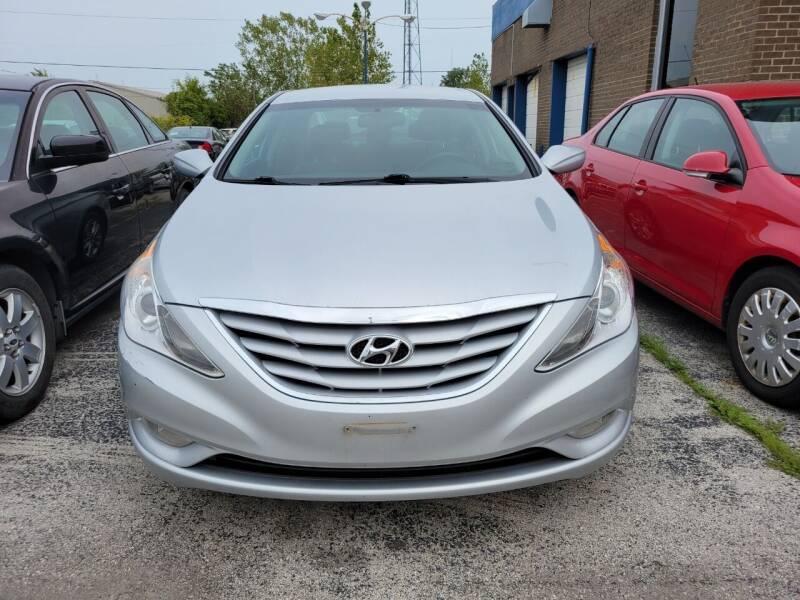 2013 Hyundai Sonata for sale at Royal Motors - 33 S. Byrne Rd Lot in Toledo OH