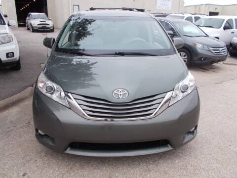 2013 Toyota Sienna for sale at ACH AutoHaus in Dallas TX