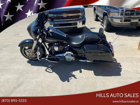 2013 Harley Davidson Street Glide for sale at Hills Auto Sales in Salem AR