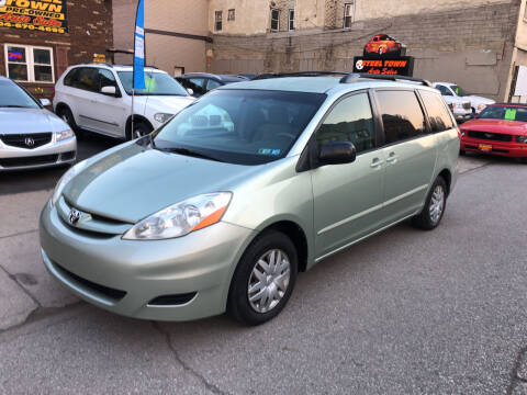 2006 Toyota Sienna for sale at STEEL TOWN PRE OWNED AUTO SALES in Weirton WV